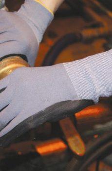rękawice techniczne powlekane nitrylem, pianą lub latexem